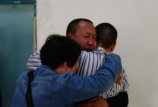 少年走失15年終與家人重聚 警方提醒:如遇家人走失應第一時間這樣做