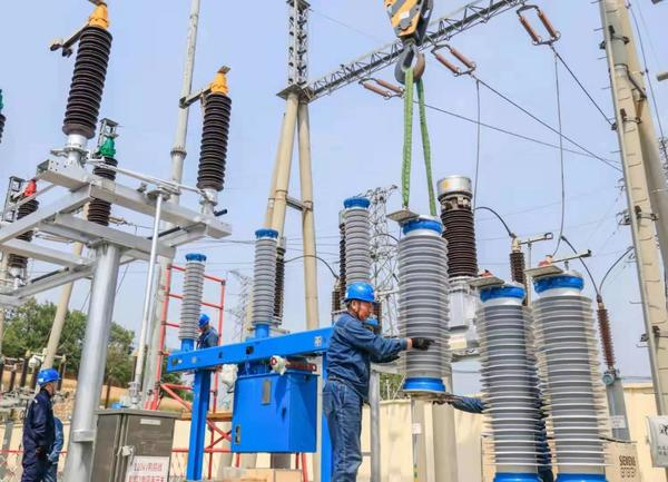 国内首台145千伏全环保真空断路器在河南投运