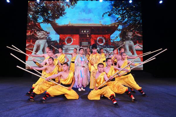 《少林·十三棍僧》原创旅游功夫剧在河南登封开演