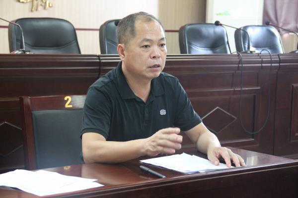 会议由董耀民书记主持。