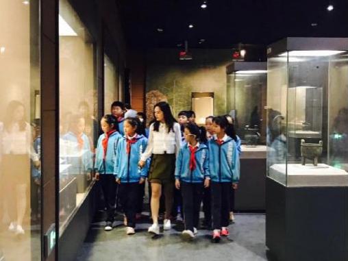 金沙线上娱乐城:商丘市前进小学组织学生参观商丘博物馆