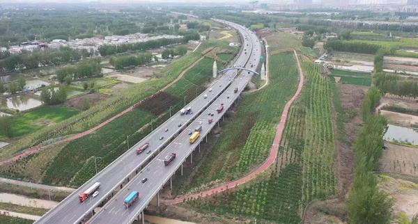 1485.56万辆小客车免费通行高速!十一假期河南交通运输平稳有序