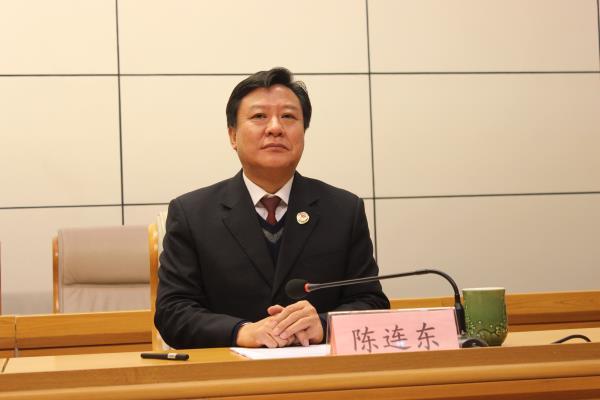 3漯河市检察院党组书记、检察长陈连东出席会议并作表态发言。