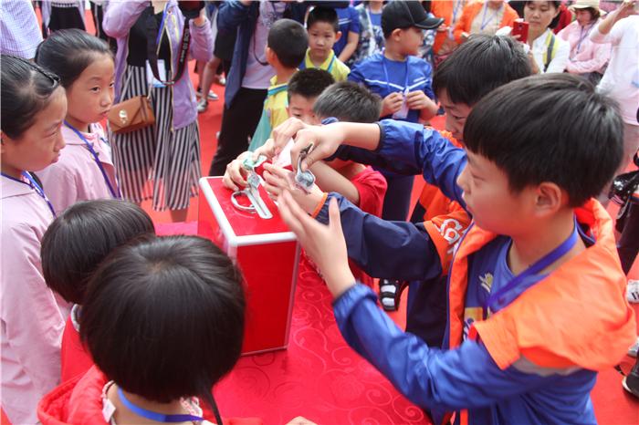 20180527豫西大峡谷双胞胎(冯革才) (19)