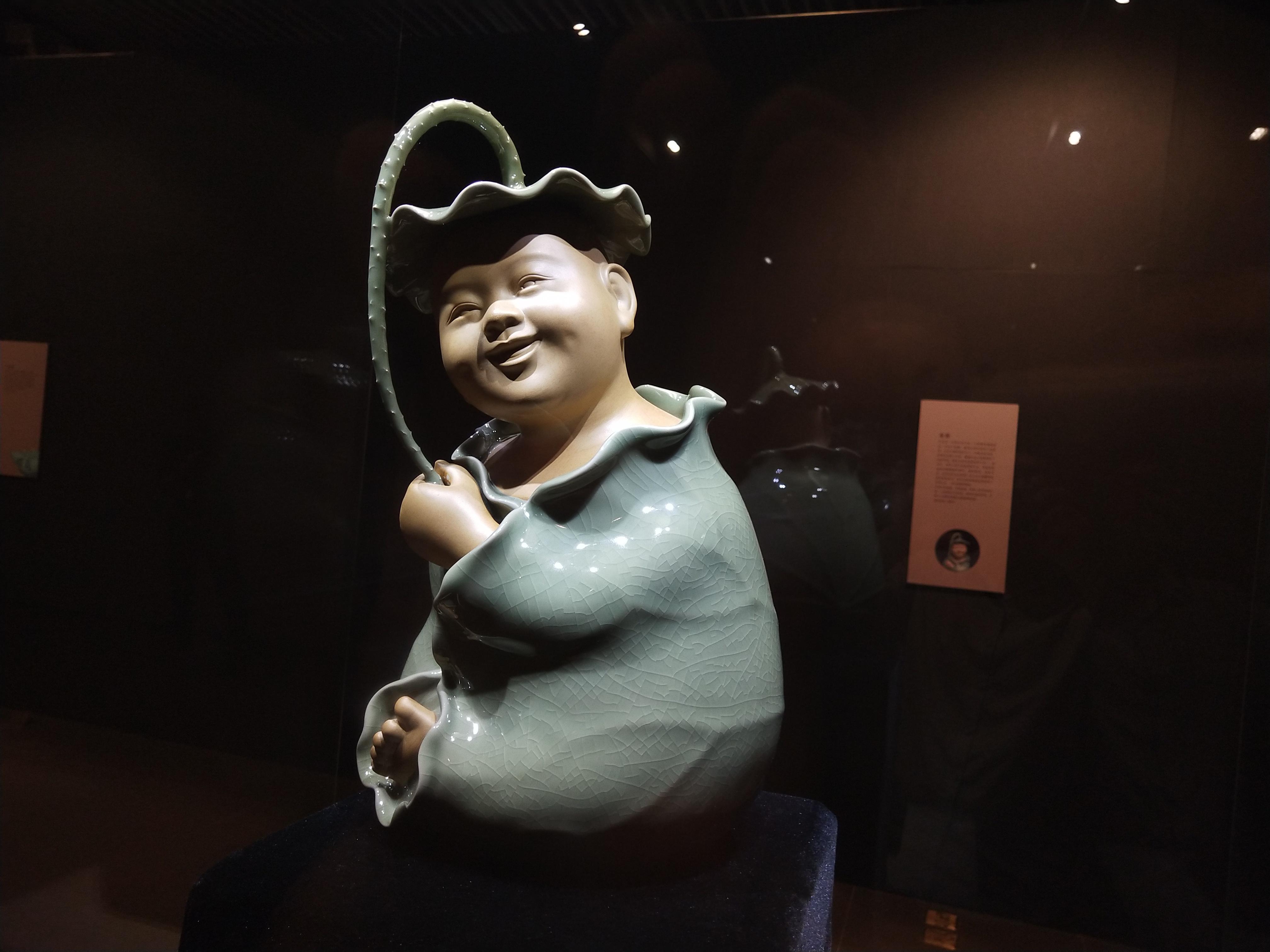北京赛车助手app:玉立群芳・松风瓷韵_中国工艺美术大师孟玉松汝瓷成就展在平顶山举行