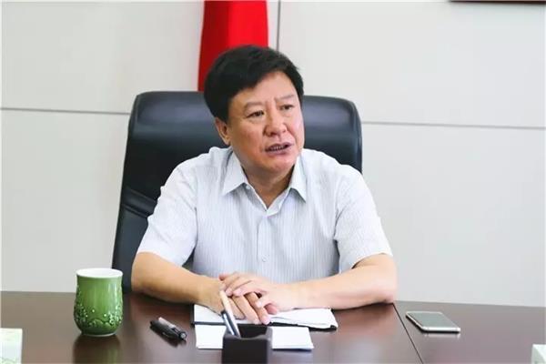 漯河市检察院党组书记、检察长陈连东对新任职部门负责人提出工作要求。