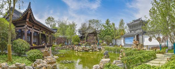 南阳世界月季大观园赏各种古建园林美景