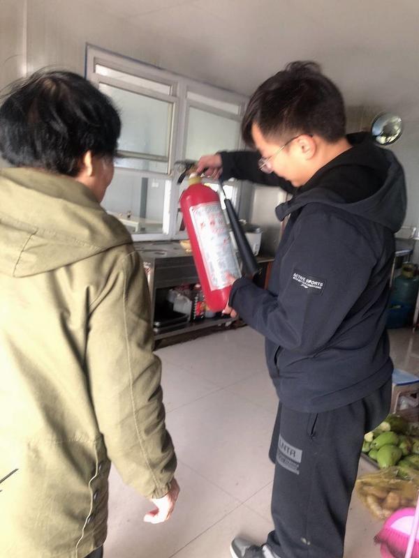 《【摩登4注册平台】荥阳市公路管理局开展消防安全大检查活动》