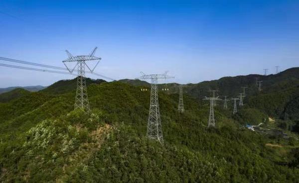 青海之光点亮中原之灯 青海—河南±800千伏特高压直流工程投运