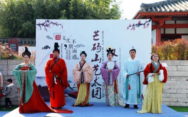 清明迎来旅游小高峰<br >河南省2021年清明节文化和旅游假日市场综述